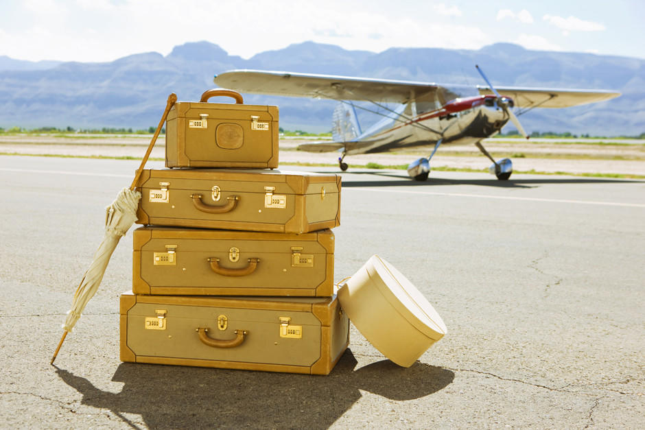 how-to-compactly-pack-a-suitcase-1